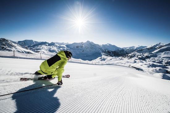 Skifahren im Skiurlaub in Obertauern, Salzburger Land